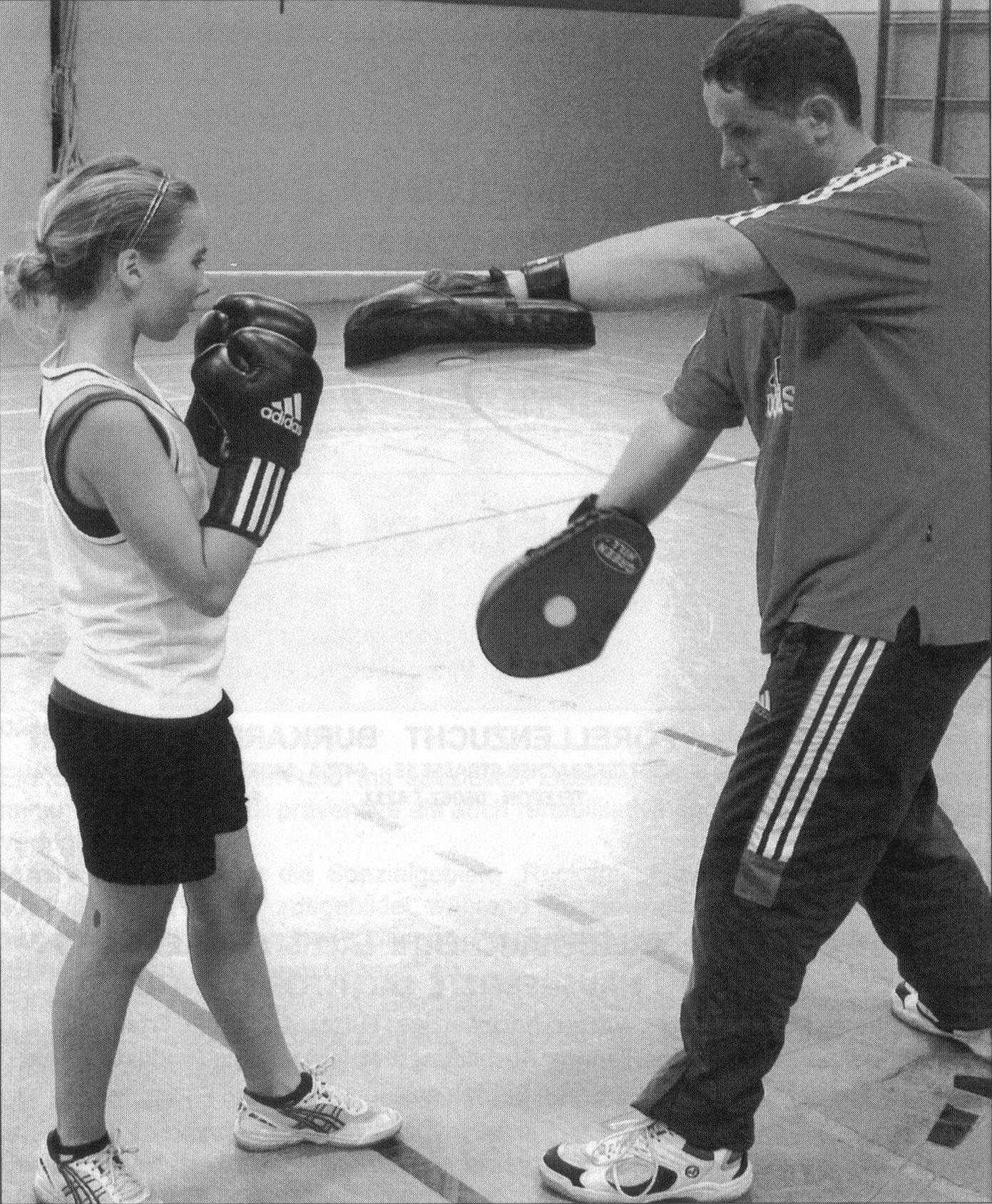 Kimberly Klingelhöfer im Training mit Viktor Peters