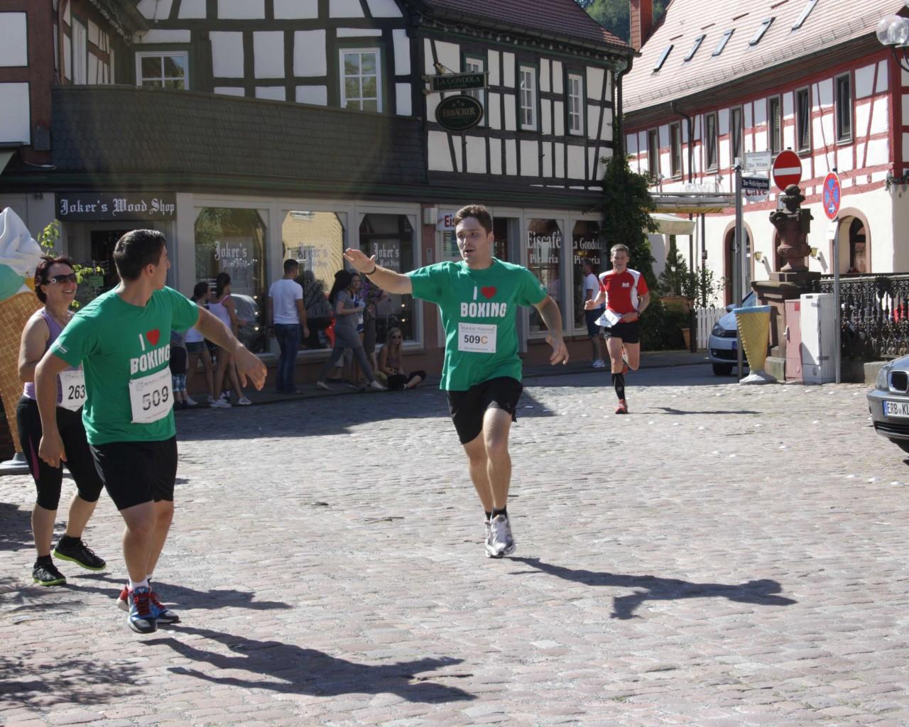 Erbacher_Stadtlauf_2012_TSV_Erbach_Boxen (14)