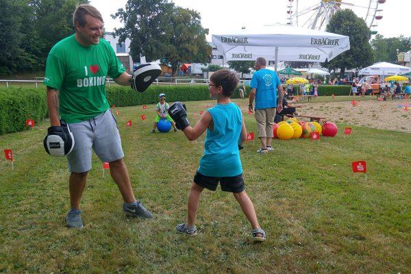 Kinderspielfest_Erbacher_Wiesenmarkt_TSV_Erbach_Boxen (2)