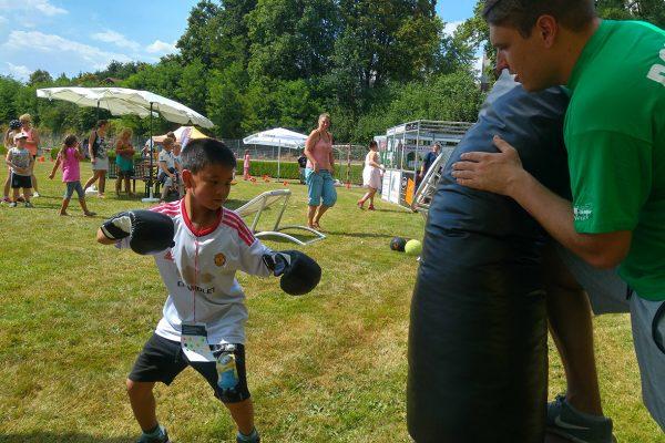 Kinderspielfest_Erbacher_Wiesenmarkt_TSV_Erbach_Boxen (4)